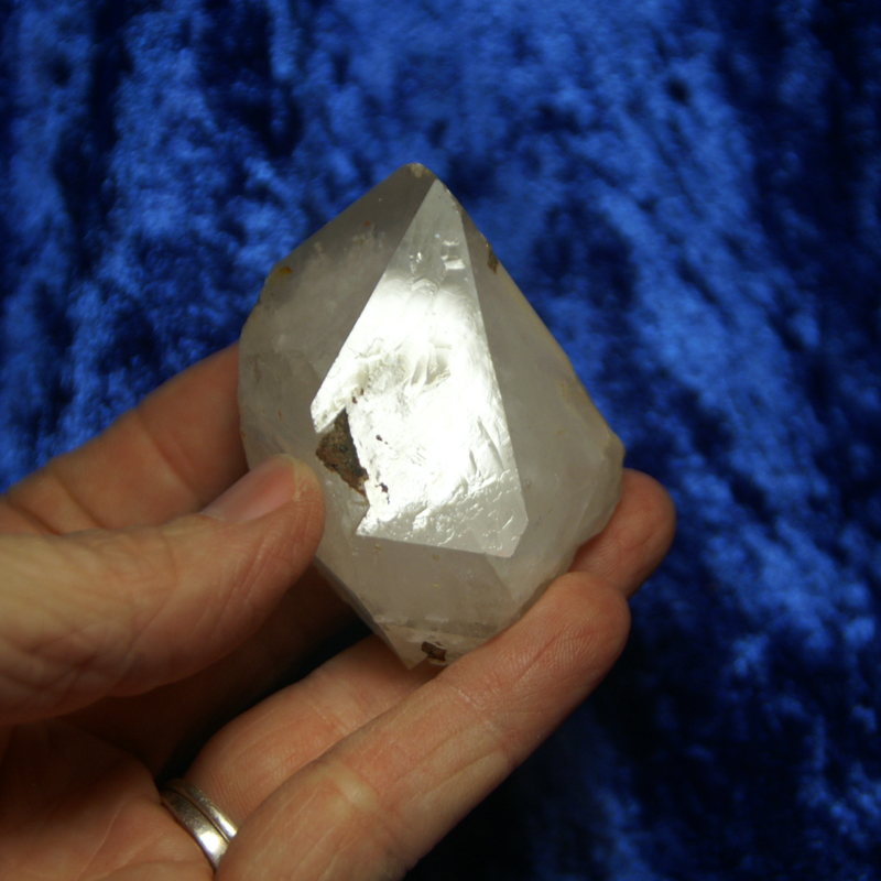 01129 ARKANSAS QUARTZ CRYSTAL POINT