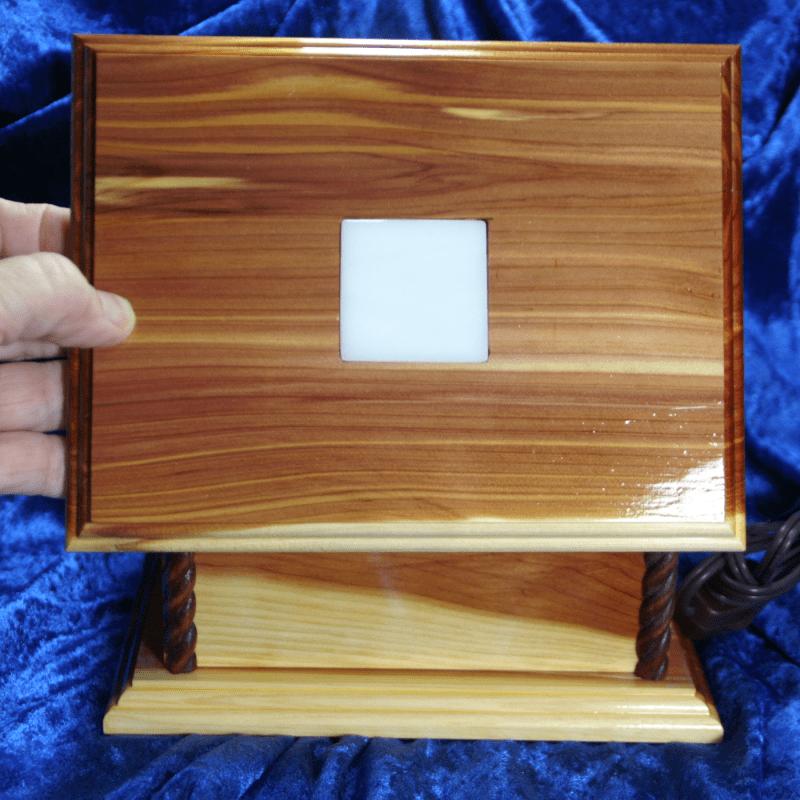 LIGHTED DISPLAY BOX 001