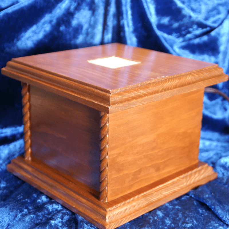 LIGHTED DISPLAY BOX 005